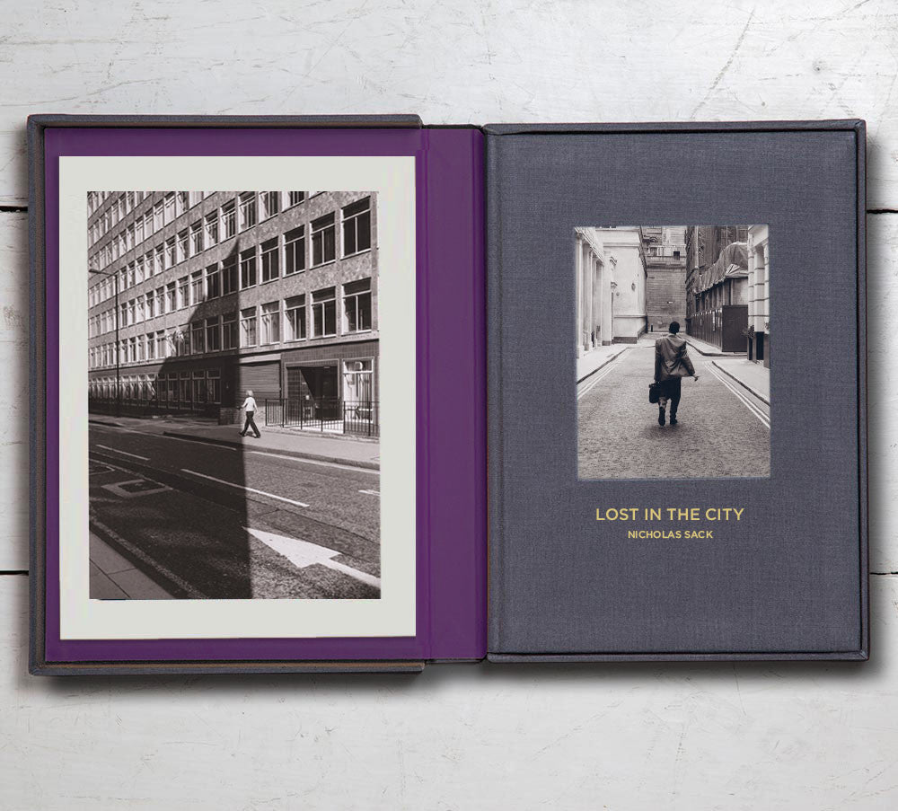 Collector's Edition +  Print  (Photo Book 8): Lost in the City