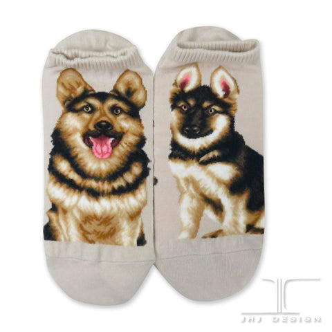 Dogs Ankles - German Shepherd