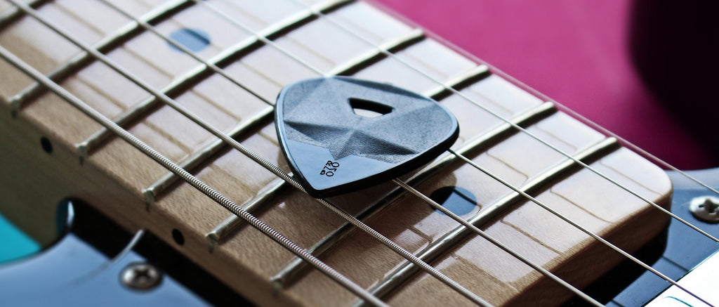Heavy thick guitar pick