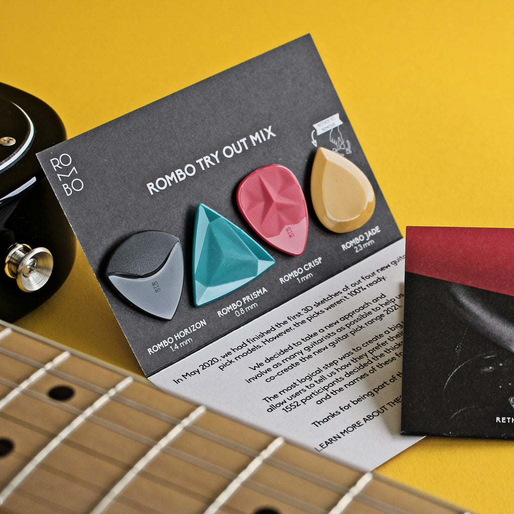 guitar-pick-variety-pack-2021-and-electric-guitar