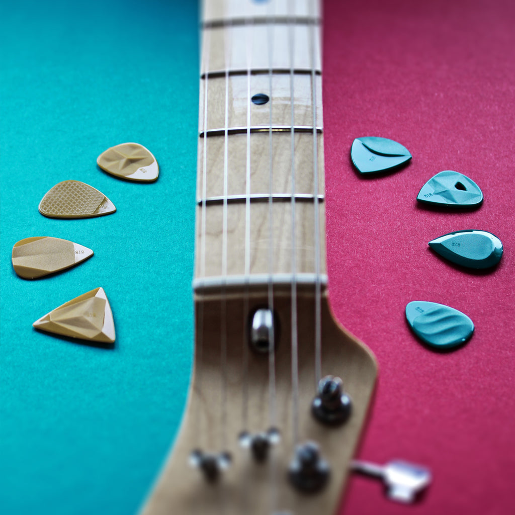 thin-vs-thick-guitar-picks-rombopicks-plectrums