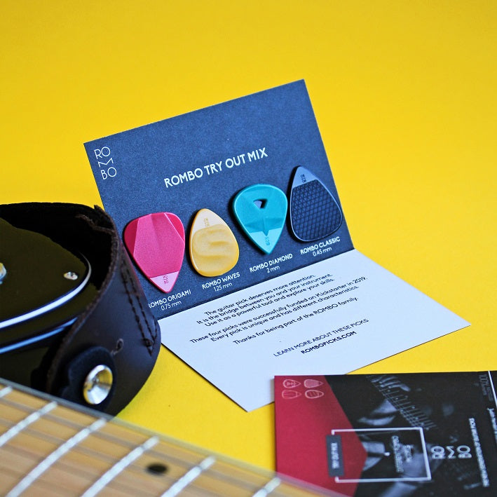 Guitar Picks Try out mix Rombo (4 Guitar Picks) - plectrum