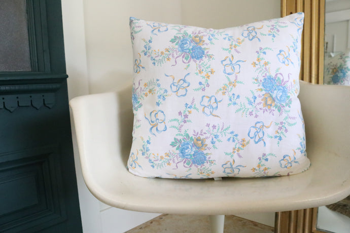 Bitsy Bouquets + Bows Pillow