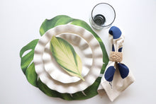 Load image into Gallery viewer, Monstera Leaf Placemat