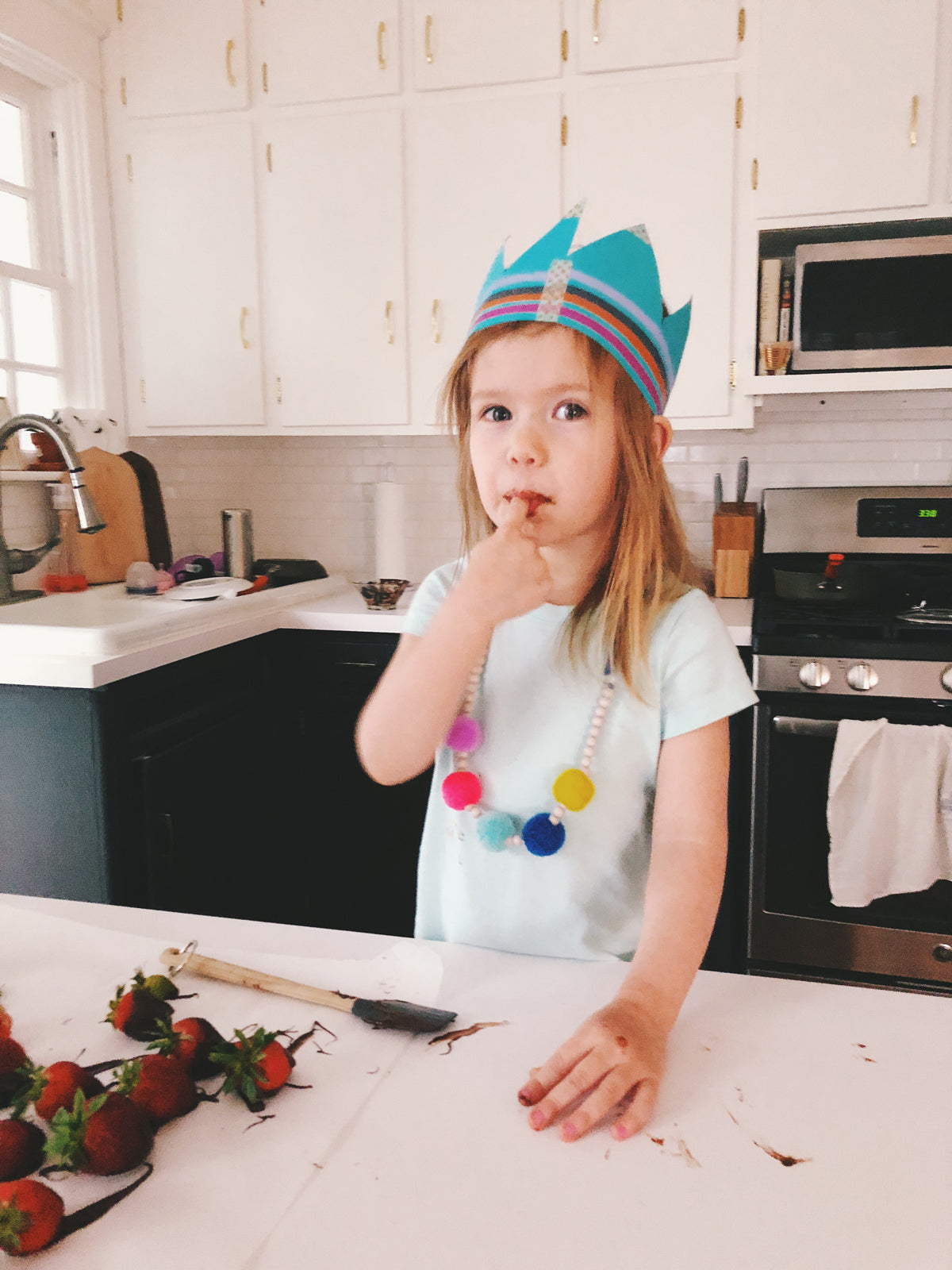 Tips To Take Better Photos of Your Kids via walk in love.