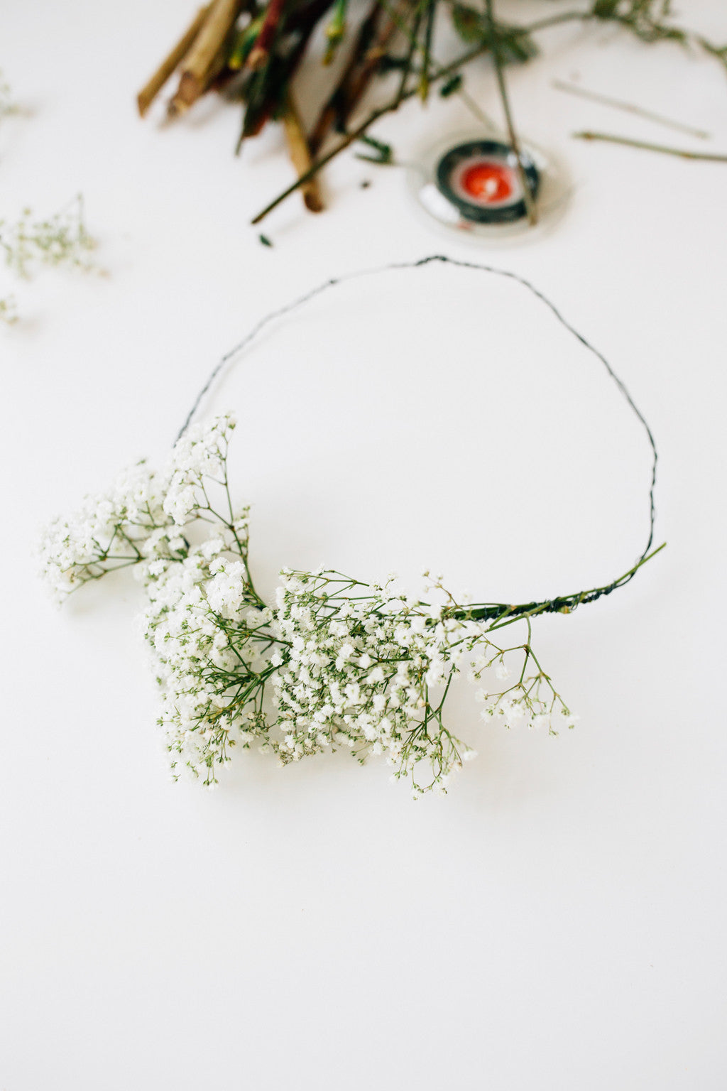 Make your own flower crown walk in love you can make a crown of any size big and bold or dainty and delicate all you really need is a pretty selection of flowers and some wire to hold it izmirmasajfo