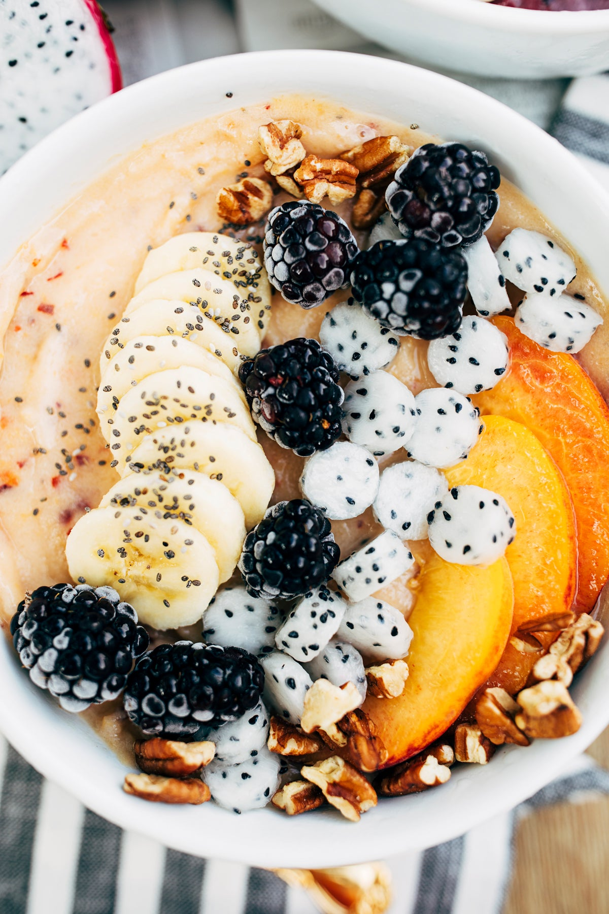 peach and blackberry smoothie bowl via walk in love.