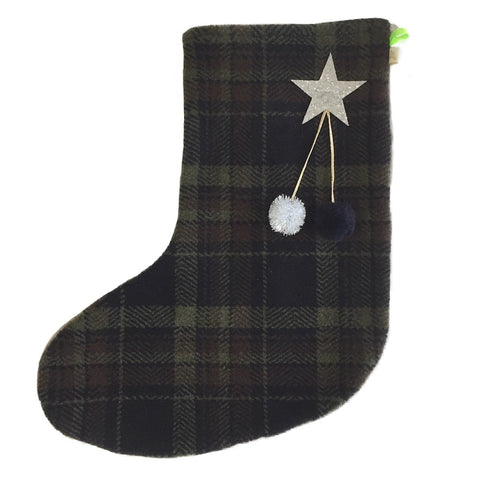 DEAR SANTA - X'mas STOCKiNG iN GREEN & BLACK PLAiD
