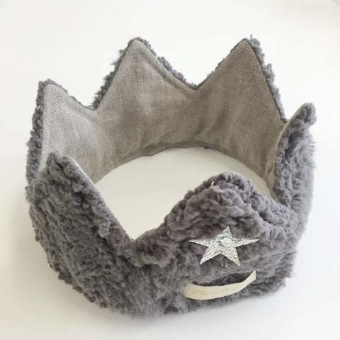 A-Iris Headband in Dark Gray