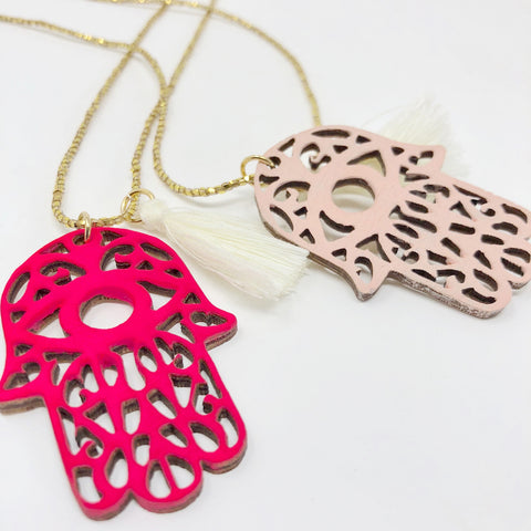 Hamsa Wooden Necklace - Light Pink