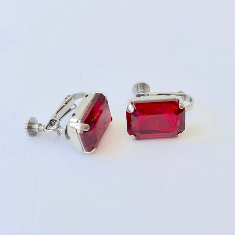 RHiNESTONE EARRING - JANUARY