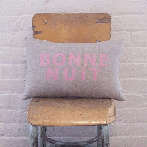 CUSHiON - LETTER - BONNE NUiT SHiMMER PiNK ON COCONUT