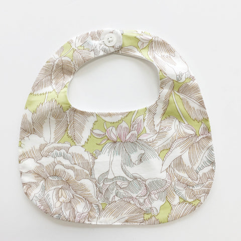 BiB - MAKiE - WiTH BUTTON-FLOWERS(GREEN)