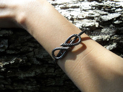 Victorian Niello Love Knot Bangle