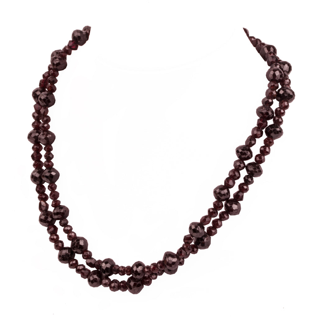 Early 20th Century Garnet Necklace