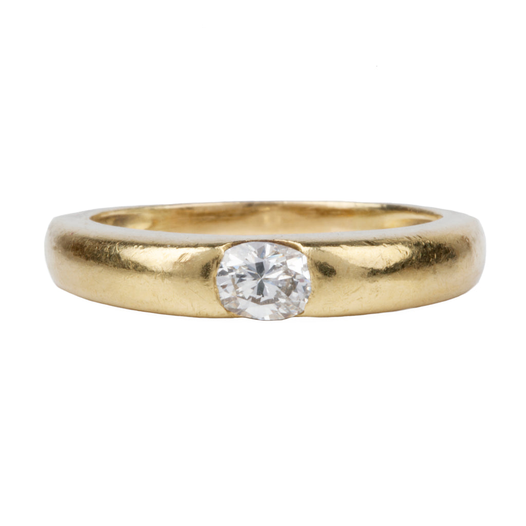 Vintage Flush Set Diamond Ring in 18k Gold