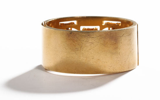 Gold Ribbon Bangle
