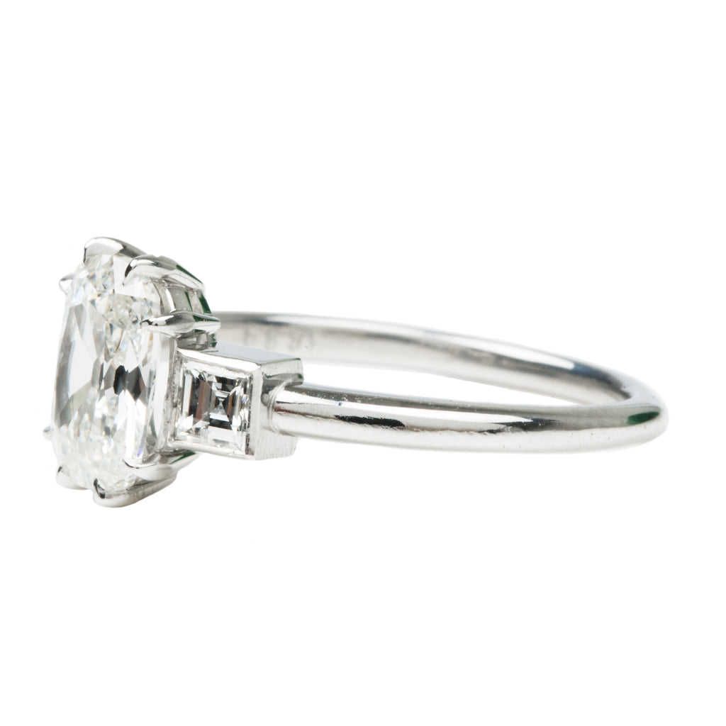Old mine Cut and Carré Cut Diamond Three Stone Ring