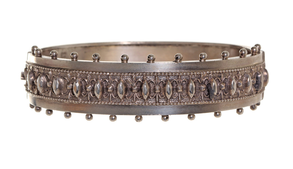 English Sterling Narrow 3-dimensional Bangle