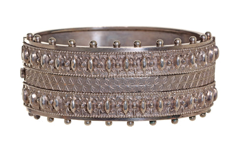 English Sterling Bangle with 3-dimensional Design