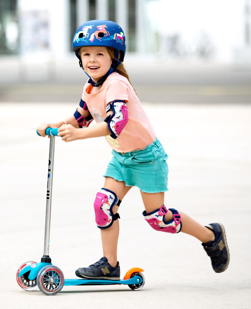 lifestyle micro scooter cool unicorn knee elbow pads