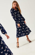 Load image into Gallery viewer, maxi wrap dress