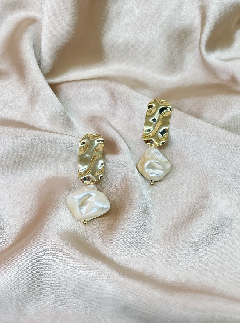 Crumpled metal earrings