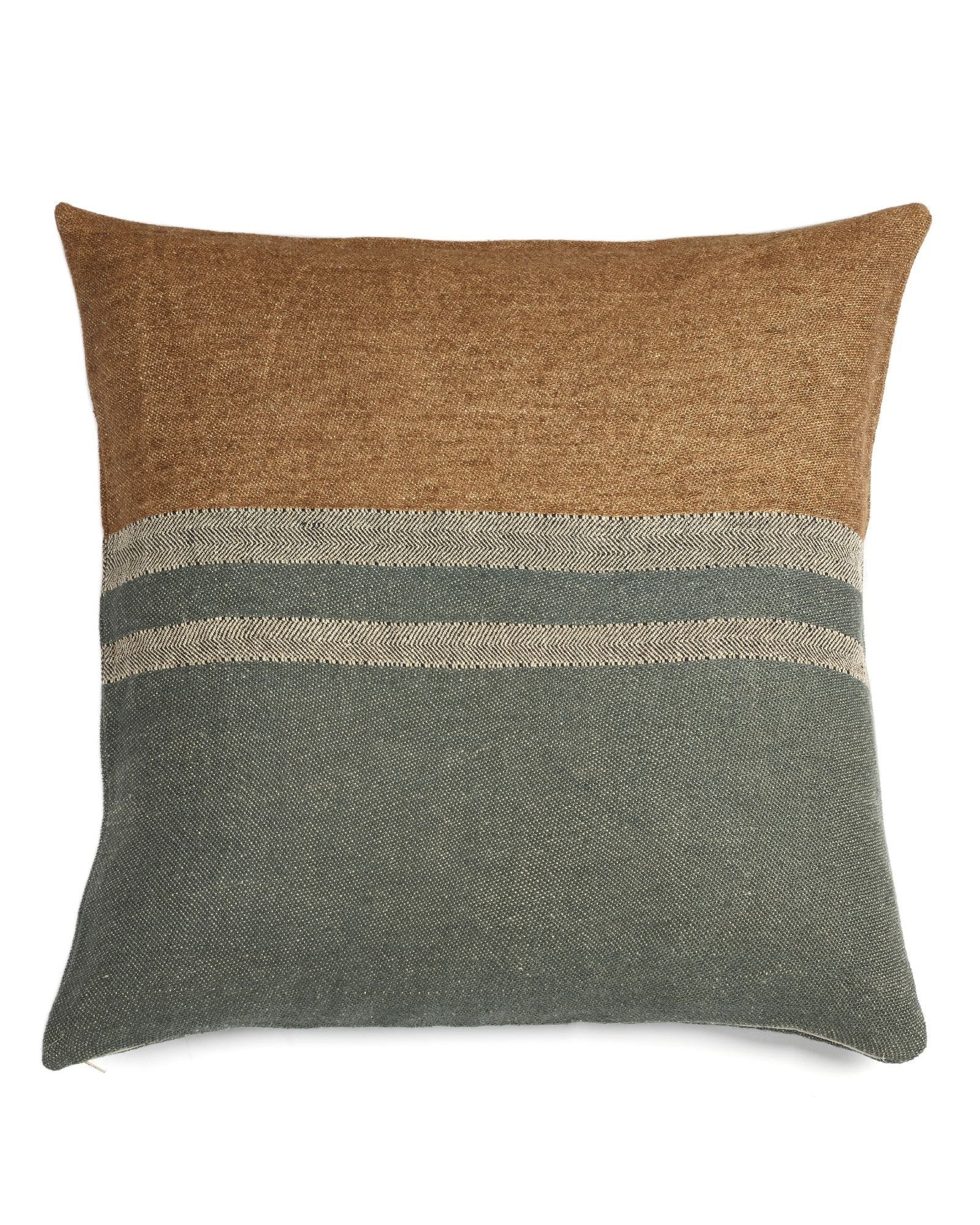 The Belgian Pillow, Alouette