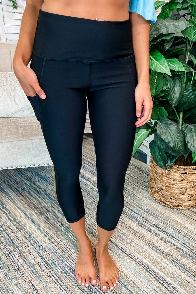 Low Rise Compression Leggings with Hidden Pocket (Black) Simply Me Boutique