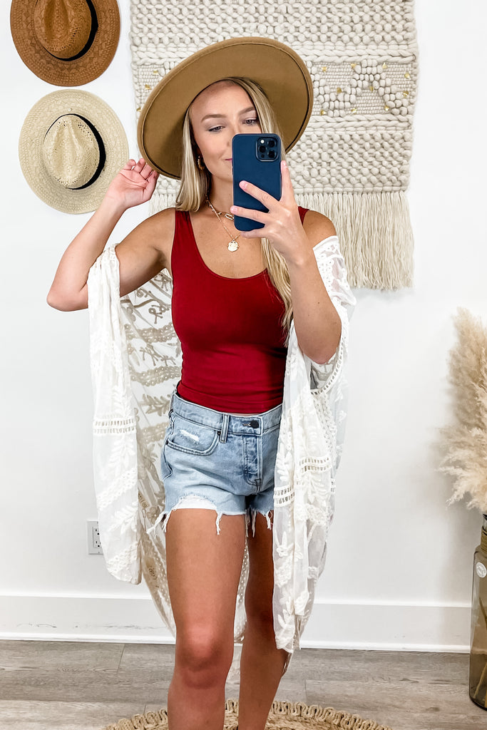 "Hidden ""On Top of the World"" High Rise Frayed Shorts Simply Me Boutique"