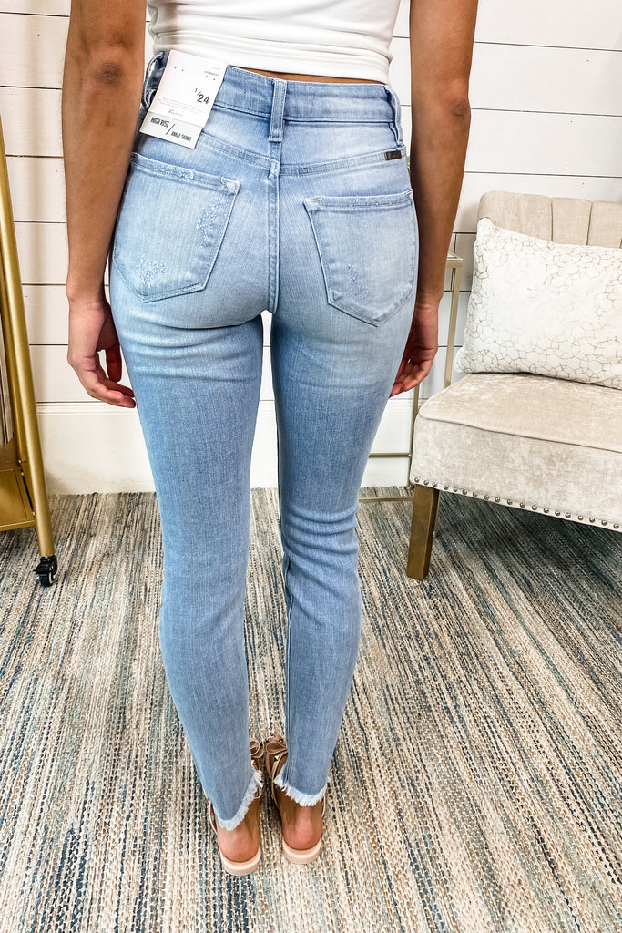 "KANCAN ""Can't Keep a Secret"" High Rise Button Fly Jeans (Lt Wash)"