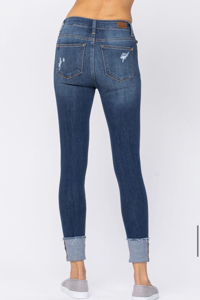 "JUDY BLUE ""Chelsi"" High Rise Button Fly Cuffed Skinny"