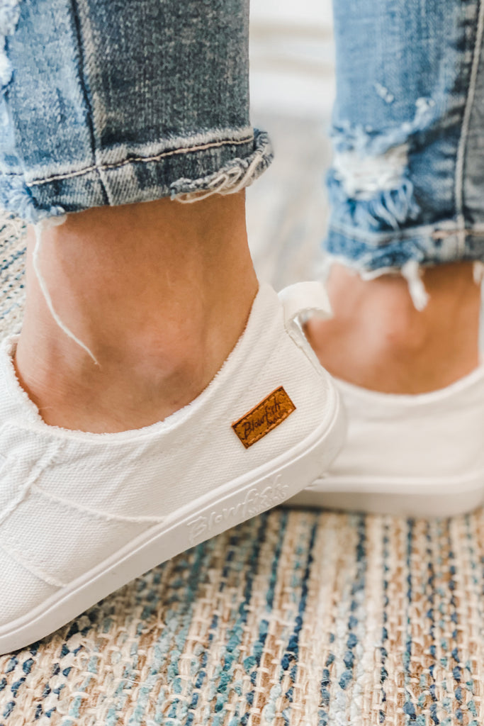 BLOWFISH Vex Slip on Sneaker (White)