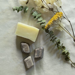 Anita Grant Babassu Peppermint Shampoo Bar 110g & Rhassoul Marshmallow Cubes Deep Condish 3 x 30g duo The Spring