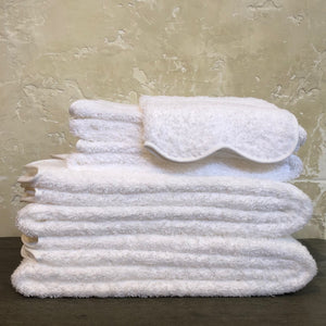 Cario Scallop Towels in White