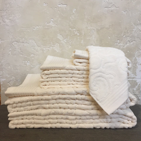 Park Avenue Ivory Towels