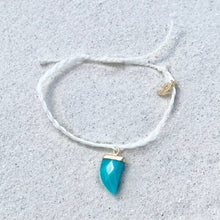 Load image into Gallery viewer, Teal Shark Tooth Bracelet
