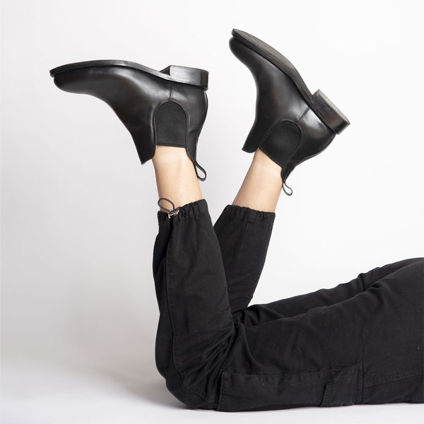 DENISE Chelsea Tire Boot Black