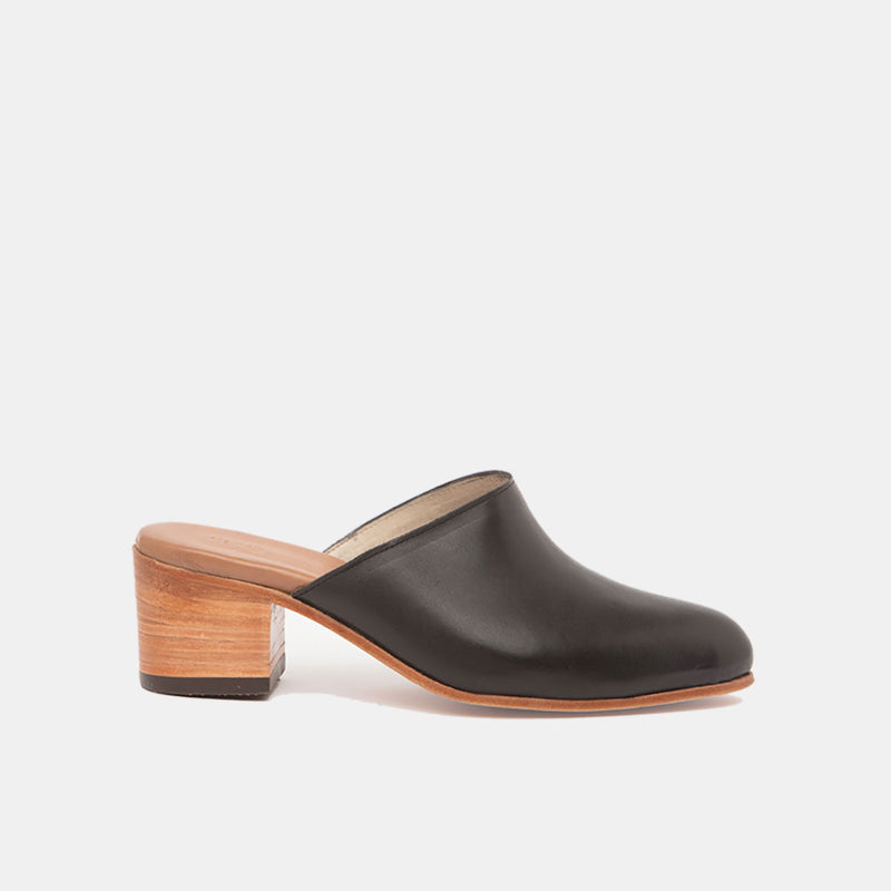 FABIOLA Handcrafted Mule Black - CANO