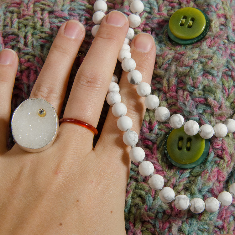 Druzy quartz and howlite beads