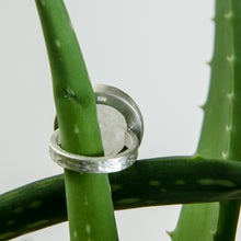 Load image into Gallery viewer, Clear Quartz Ring in Sterling Silver