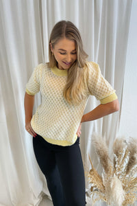Honey 2/4 Knit Top (Preorder del. week 9) - Yellow