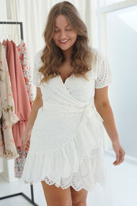 Mynte Dress - White Embrodery