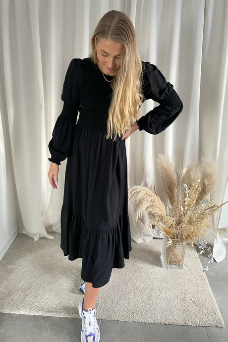 Movibe Dress - Black