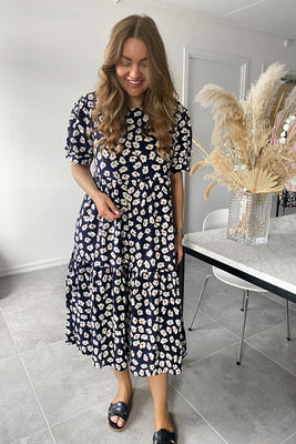 Long Vilma Dress - Night Sky Blossom