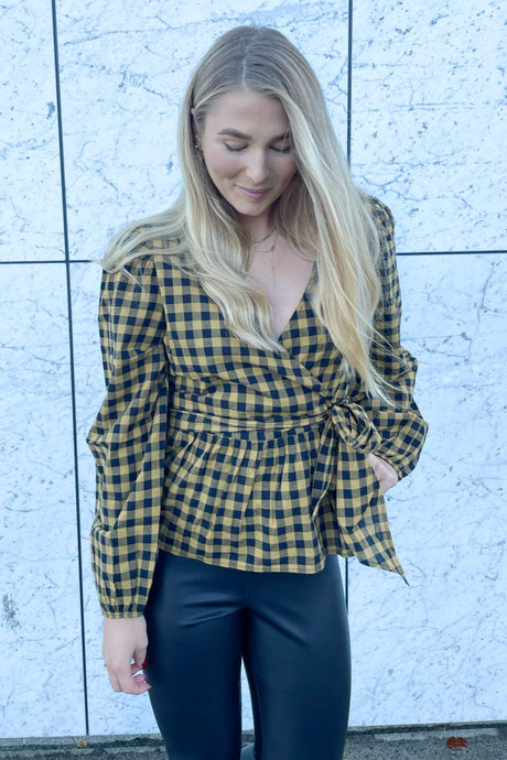 Rome L/S Wrap Top - Black Checks