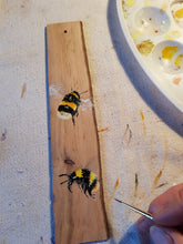 Load image into Gallery viewer, Bookmark : Hand-painted Bees