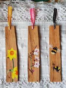 Bookmark : Hand-painted Bees