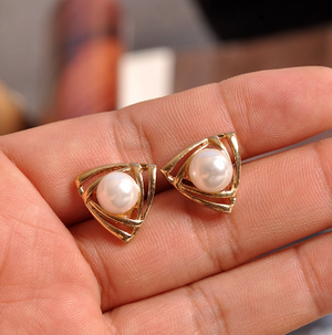 Pearl beautiful Gold  earrings