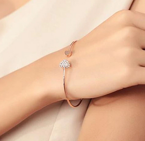 Love With Heart-Shaped Crystal Bracelet